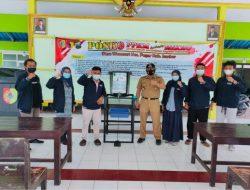 Mahasiswa KKN Universitas Muhammadiyah Jember Ciptakan  Wastafel Injak Portable